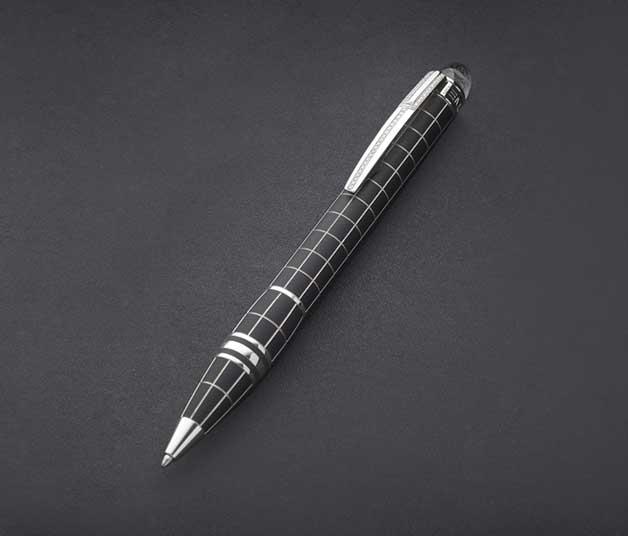 Diamond-studded_Mon_Blanc_Pen